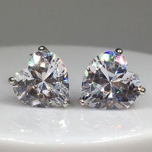 Jewelry - 14k white gold diamond 3 ct heart stud earrings